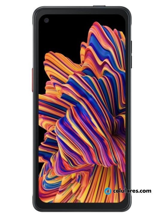 Fotografía grande Varias vistas del Samsung Galaxy Xcover Pro Negro. En la pantalla se muestra Varias vistas